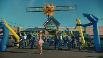 CarMax TV Spot, 'Welcome to the Bright Side of Car Buying' - Thumbnail 3