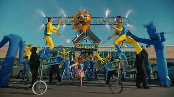 CarMax TV Spot, 'Welcome to the Bright Side of Car Buying'