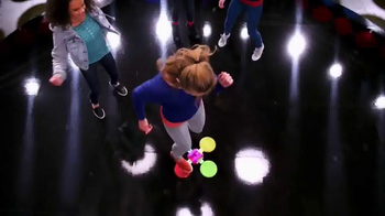 Twister Moves Hip Hop Spots TV Spot, 'Show Off' Song by Demi Lovato - Thumbnail 4