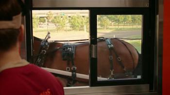 Popeyes $5 Bonafide Big Box TV Spot, 'Un carruaje y el burro' [Spanish] - Thumbnail 5