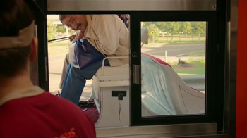 Popeyes $5 Bonafide Big Box TV Spot, 'Un carruaje y el burro' [Spanish] - Thumbnail 6