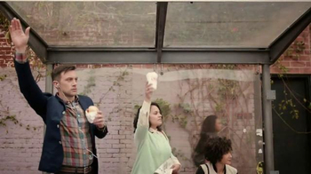 Dunkin' Donuts Tailgater Breakfast Sandwich TV Spot, 'Gameday Excitement' - Thumbnail 2