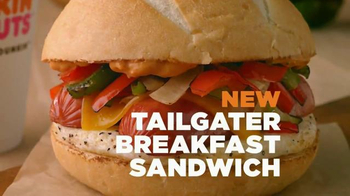 Dunkin' Donuts Tailgater Breakfast Sandwich TV Spot, 'Gameday Excitement' - Thumbnail 3