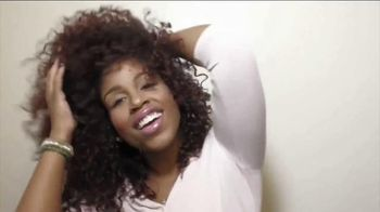Essence BeautyBox TV Spot, 'Colorful' Song by Sia - Thumbnail 8