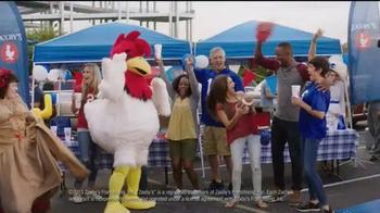 Zaxby's TV Spot, 'Right Way' Featuring Brad Paisley - Thumbnail 5