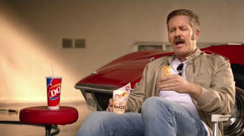 Dairy Queen Bakes TV Spot, 'Fan Anthem' - Thumbnail 4