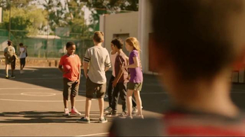 Quaker Chewy Granola Bars TV Spot, 'King of the Dodgeball Court' - Thumbnail 3