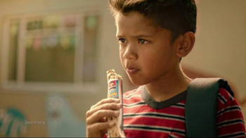 Quaker Chewy Granola Bars TV Spot, 'King of the Dodgeball Court' - Thumbnail 4