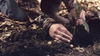 Mossy Oak Break-Up Country TV Spot, 'Inheritance' - Thumbnail 3