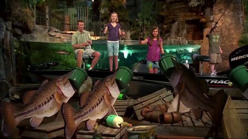 Bass Pro Shops Labor Day Blowout TV Spot, 'Hometown Festival Weekend' - Thumbnail 5