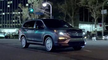 2016 Honda Pilot TV Spot, 'Accomplishments' [Spanish] - Thumbnail 7