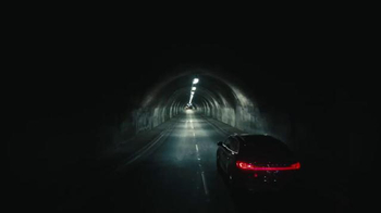 2016 Lincoln MKX TV Spot, 'Arrival' Featuring Matthew McConaughey - Thumbnail 6