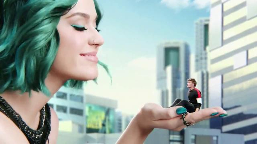CoverGirl Super Sizer Mascara TV Commercial, 'Javonda' Featuring Katy Perry