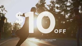 Kohl's Labor Day Weekend Savings TV Spot, 'Skateboarding' - Thumbnail 3
