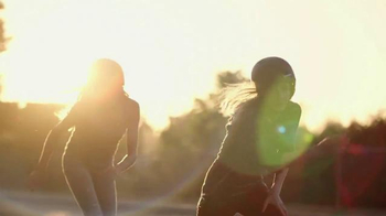 Kohl's Labor Day Weekend Savings TV Spot, 'Skateboarding' - Thumbnail 4