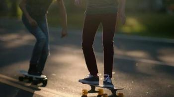 Kohl's Labor Day Weekend Savings TV Spot, 'Skateboarding' - Thumbnail 5