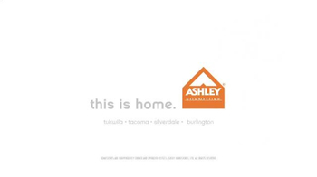 Ashley Furniture Homestore Labor Day Event TV Spot, 'Special Financing' - Thumbnail 7