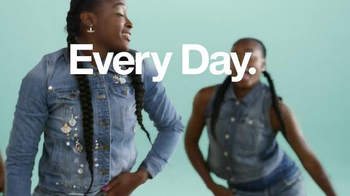 Target TV Spot, 'OOTD: TargetStyle' Song by C+C Music Factory - Thumbnail 10
