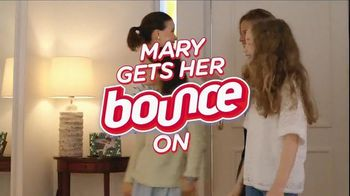 Bounce TV Spot, 'Mary: For Less Static, Less Wrinkles and More Freshness' - 2597 commercial airings
