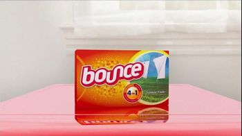 Bounce TV Spot, 'Mary: For Less Static, Less Wrinkles and More Freshness' - Thumbnail 8