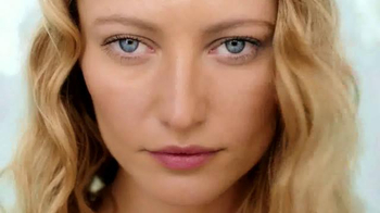 BareSkin Complete Coverage Serum Concealer TV Spot, 'Flawless' - Thumbnail 3