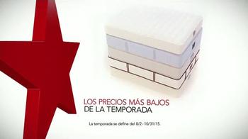 Macy's La Venta del Día del Trabajo TV Spot, 'Colchones' [Spanish] - Thumbnail 1