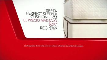 Macy's La Venta del Día del Trabajo TV Spot, 'Colchones' [Spanish] - Thumbnail 4