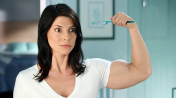 Listerine TV Spot, 'Strong Brushing Arm'