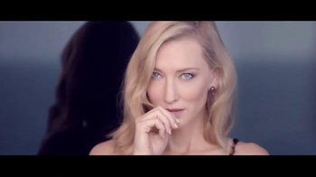 Giorgio Armani Si TV Spot, 'Si to Life' Feat. Cate Blanchett, Song by MIKA - Thumbnail 7