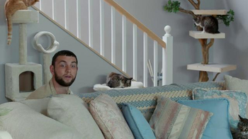 DIRECTV NFL Sunday Ticket TV Spot, 'Hide and Seek Andrew Luck' - Thumbnail 7