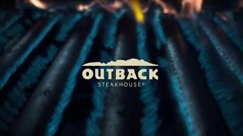 Outback Steakhouse Steak & Unlimited Shrimp TV Spot, 'Camarones' [Spanish] - Thumbnail 1