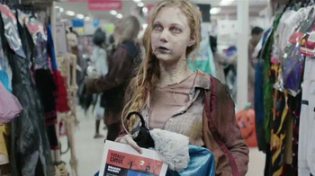 Kmart TV Spot, 'Zombis' [Spanish] - Thumbnail 4