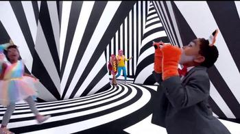 Target TV Spot, 'Qué locura' canción de Deorro [Spanish] - Thumbnail 2