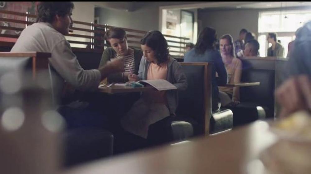 IHOP Signature Pancakes TV Commercial, 'Saborea el momento con IHOP'