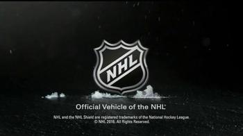 2017 Honda Ridgeline TV Spot, 'New Rules: NHL' - Thumbnail 8