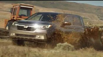 2017 Honda Ridgeline TV Spot, \'New Rules: NHL\'