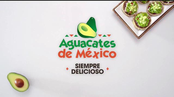 Avocados From Mexico TV Spot, 'Fiesta de quince años' [Spanish] - Thumbnail 10