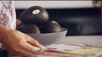 Avocados From Mexico TV Spot, 'Fiesta de quince años' [Spanish] - Thumbnail 3