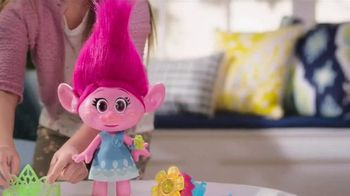 DreamWorks Trolls Hug Time Poppy Doll TV Spot, 'Dance and Sing' - 582 commercial airings