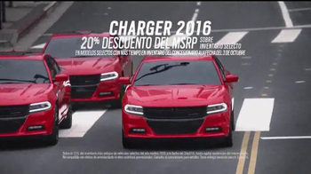 Dodge TV Spot, 'Jauría de lobos' [Spanish] - Thumbnail 4