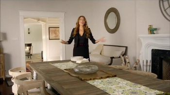 Luminara TV Spot, 'HGTV: Holiday Centerpiece' Featuring Genevieve Gorder - Thumbnail 1