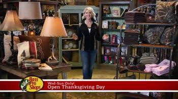 Bass Pro Shops 5 Day Sale TV Spot, 'Jerseys & Table' - Thumbnail 6