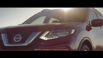 2017 Nissan Rogue TV Spot, 'Rogue One: A Star Wars Story: Battle-Tested' - Thumbnail 2