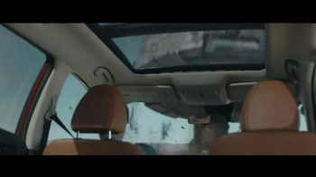 2017 Nissan Rogue TV Spot, 'Rogue One: A Star Wars Story: Battle-Tested' - Thumbnail 6