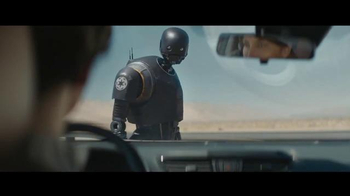 2017 Nissan Rogue TV Spot, 'Rogue One: A Star Wars Story: Battle-Tested' - Thumbnail 8