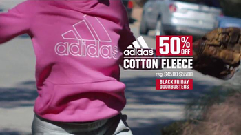 Dick's Sporting Goods TV Spot, 'Black Friday Doorbusters: Fleece & Fitbit' - Thumbnail 6