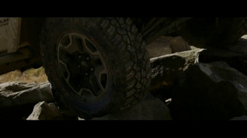 General Tire Grabber X3 TV Spot, 'Unearthing' - Thumbnail 6