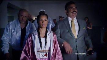 Old Navy TV Spot, 'Boxeo: 50 por ciento' con Diane Guerrero [Spanish] - 35 commercial airings