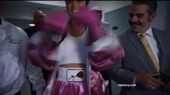 Old Navy TV Spot, 'Boxeo: 50 por ciento' con Diane Guerrero [Spanish] - Thumbnail 1