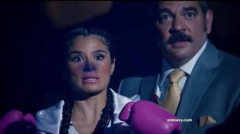 Old Navy TV Spot, 'Boxeo: 50 por ciento' con Diane Guerrero [Spanish] - Thumbnail 4
